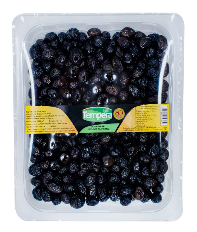 Olive Nere Secche al Forno, vengono dolcificate ed essiccate al forno , condite con olio sono gradevoli per preparazoni gastronomiche e antipasti.